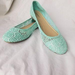 Nine West Mint Fabric Lace Flats